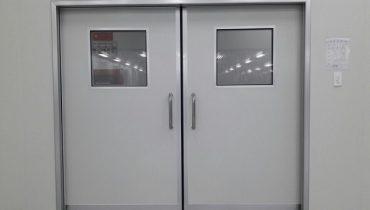 [Báo giá] thi công cửa panel phòng sạch + phụ kiện bản lề, khóa 2019